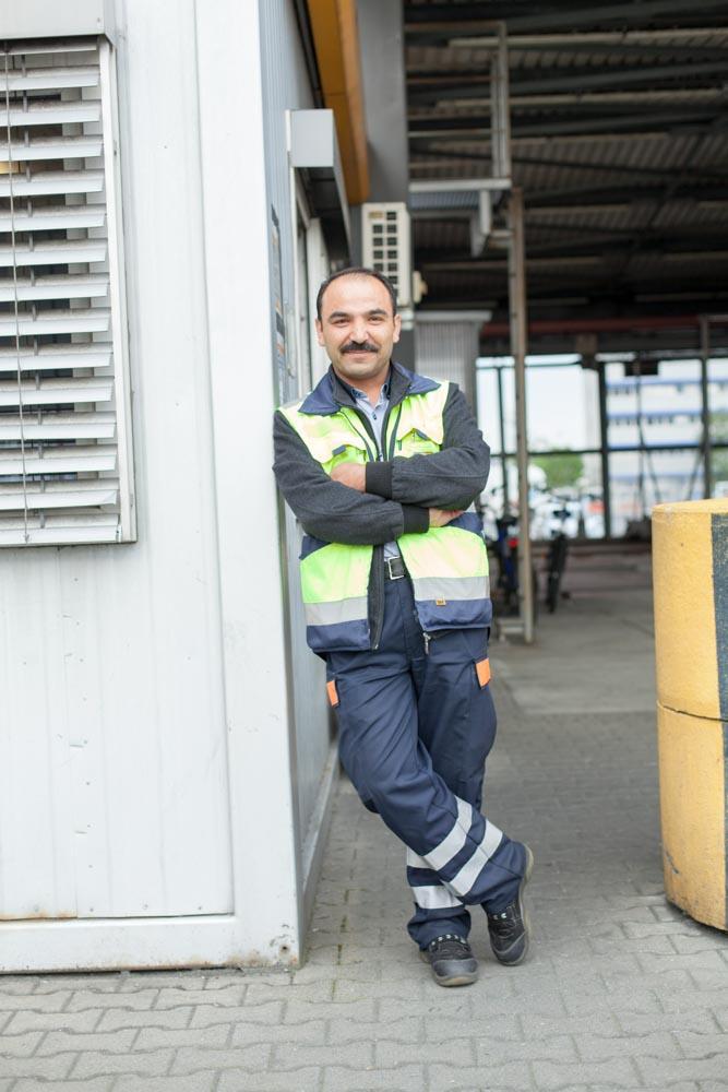 portrait_daniel_kummer-Lufthansa_cargo_staff-05