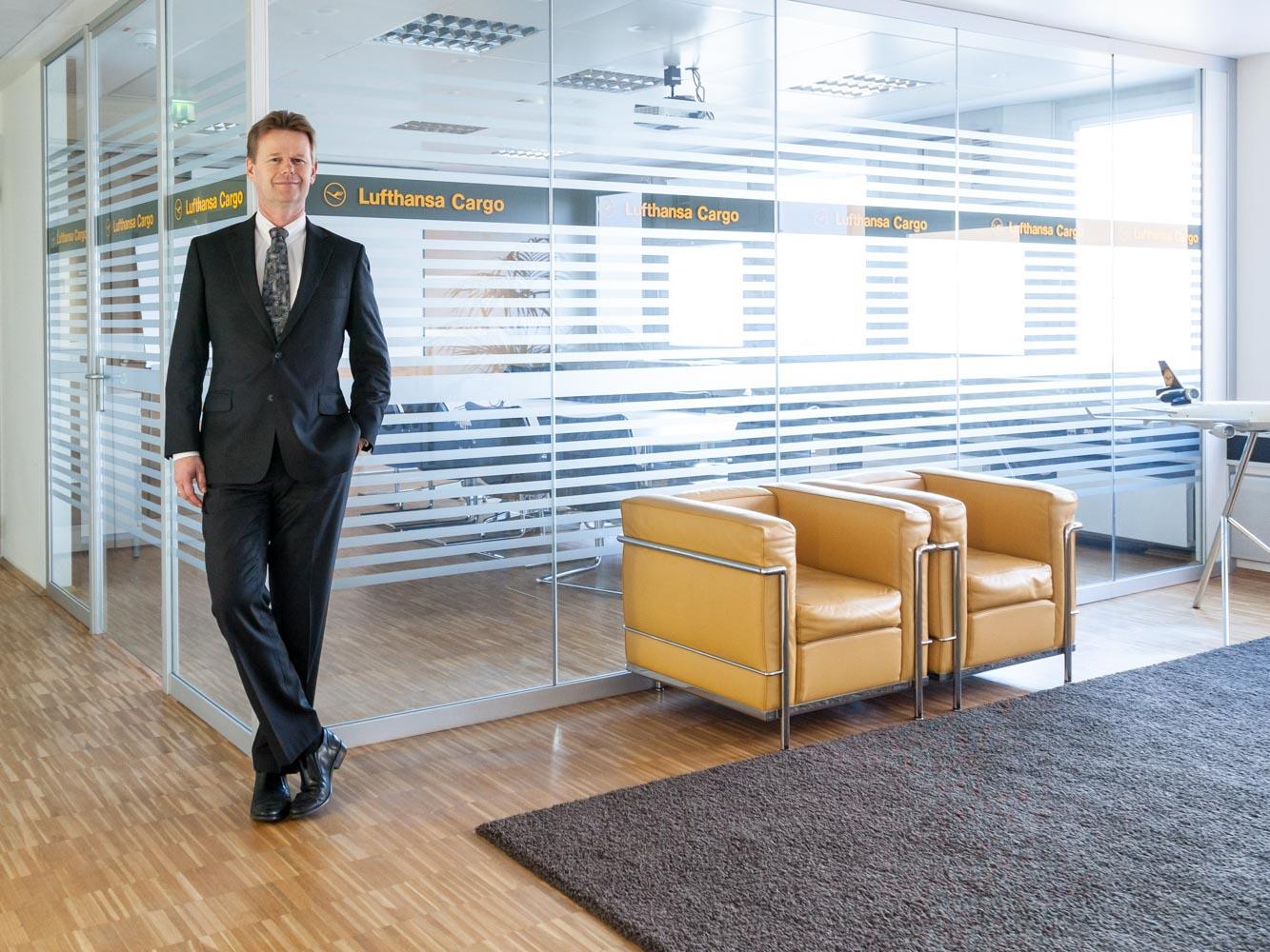 corporate_daniel_kummer-lufthansa-cargo_peter_gerber_2014-02