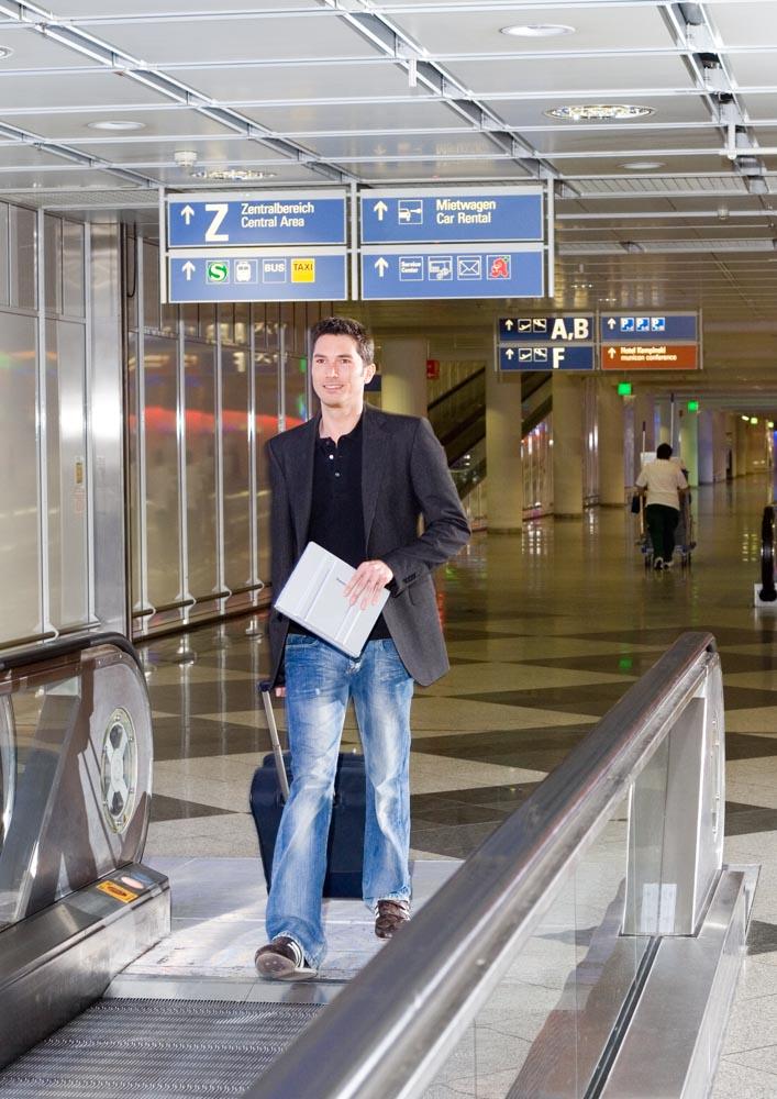 corporate_daniel_kummer-stefan_goedde_2007-01