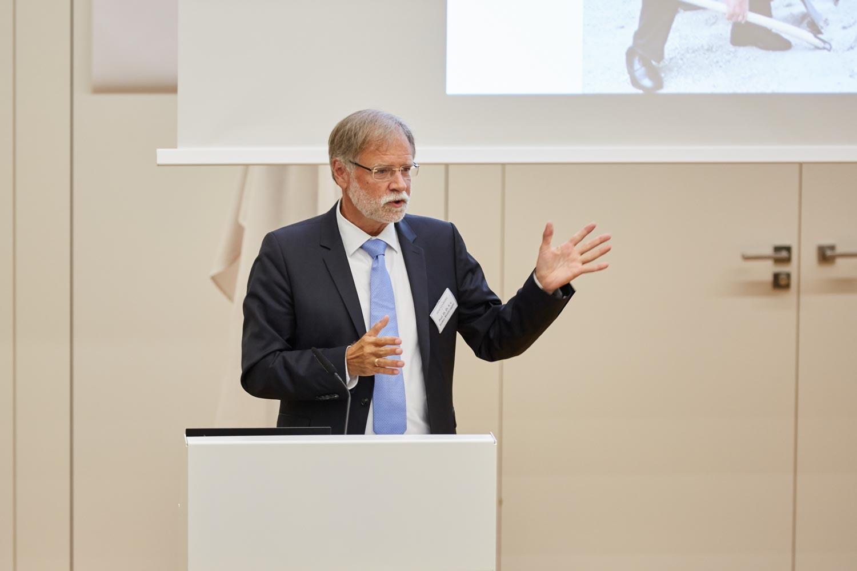 reportage_daniel_kummer-senckenberg_eroeffnung_gebaeude-01